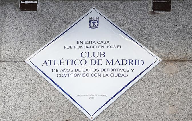 placa del atletico de madrid 115 años