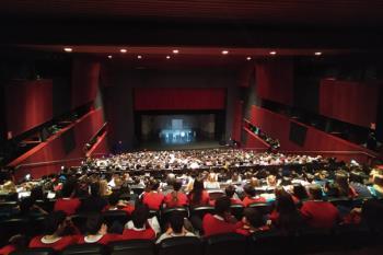 El alumnado ha asistido a esta obra de teatro documental sobre el juicio a `La Manada´