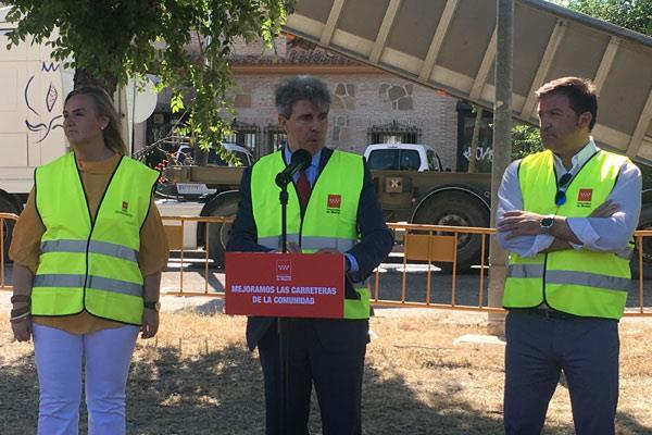 Ángel Garrido presenta el plan de conservación de carreteras regionales en Humanes
