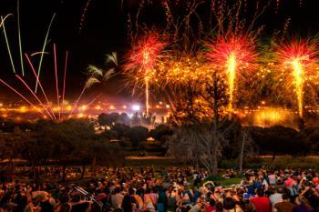 'Pelea Villana', Rodrigo Cuevas y unos espectaculares fuegos artificiales pondrán fin al festival