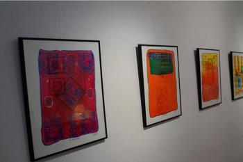 En esta muestra, el artista venezolano José Luis Sosa combina el dibujo, el collage y el color