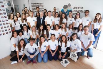 La iniciativa que se encarga de unir mayores y jóvenes ha llegado al municipio madrileño