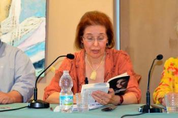Encarna Jiménez publica su tercera novela en la que aborda el silencio al que están sometidas las mujeres