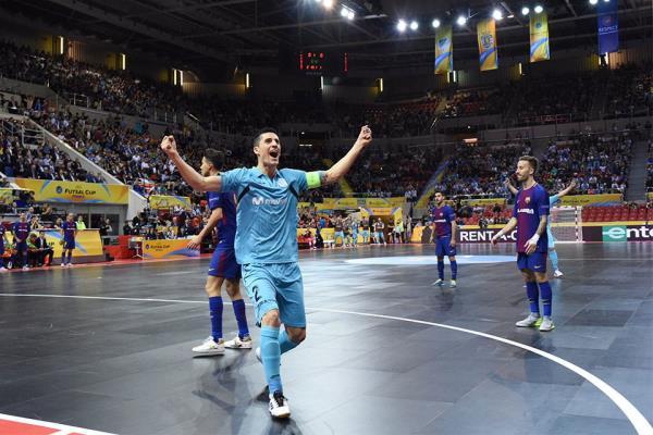 Carlos Ortiz guía al Movistar Inter a su tercera final de la UEFA Futsal Cup consecutiva