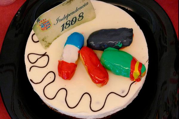 El municipio celebra una iniciativa para que los pasteleros elaboren el mejor dulce tradicional