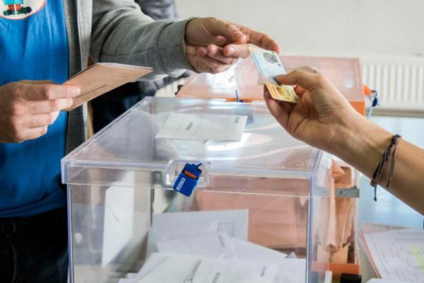 10-N: Humanes le otorga la victoria al PSOE