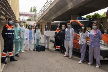 El Hospital de Getafe desde el 23 de marzo ha repartido fármacos, en turnos de mañana y tarde, en domicilios de pacientes con enfermedades crónicas.