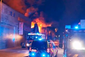 Un nuevo incendio vuelve a originarse en uno de los polígonos industriales de Fuenlabrada