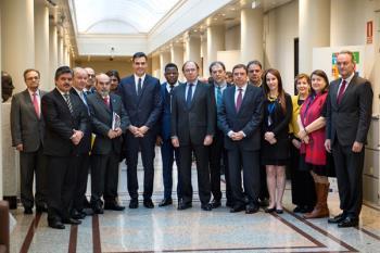 Más de 200 parlamentarios reunidos en el Senado para aprobar normas y establecer alianzas