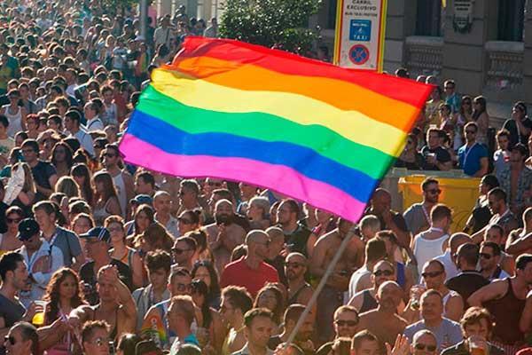 28 Declarado Día Nacional del Orgullo LGTBI