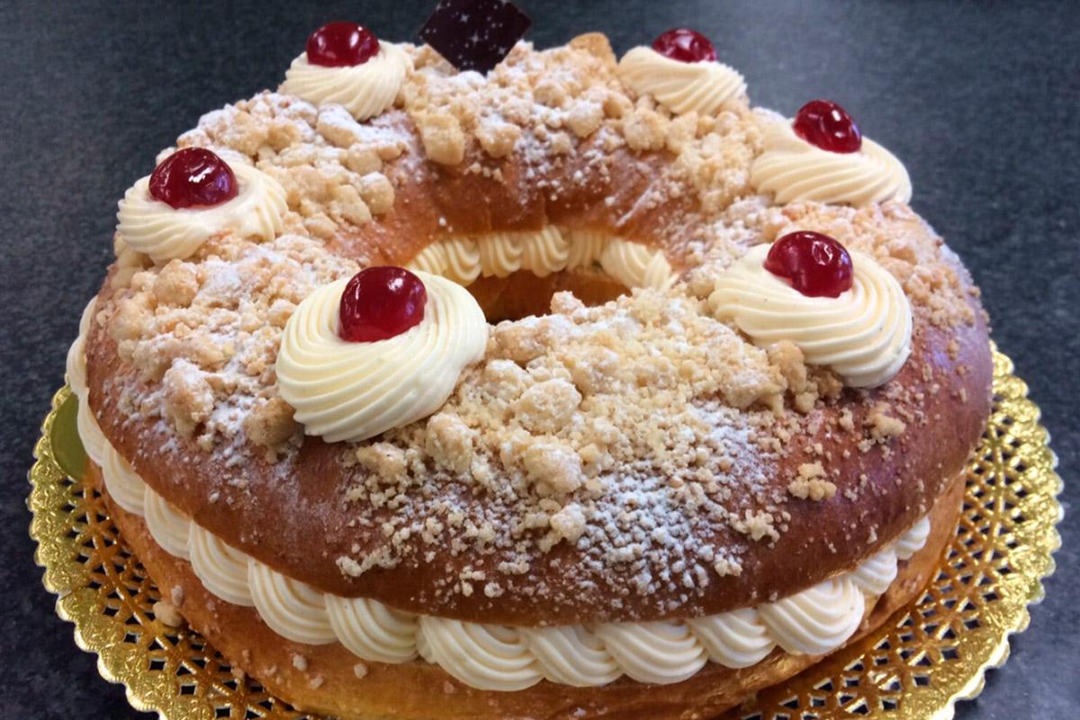 El Corte Inglés celebra las fiestas navideñas incluyendo en todos los Roscones de Reyes y hasta el 6 de enero un premio exclusivo adicional