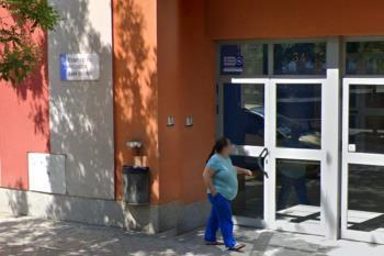 El brote afecta a 3 trabajadores y 30 personas sin hogar