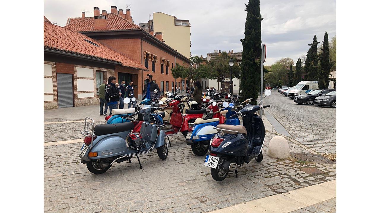 El programa de la televisión autonómica Madrid Directo se acercó hasta la ciudad complutense para conocer a los scooteristas del Vespa Club Alcalá de Henares