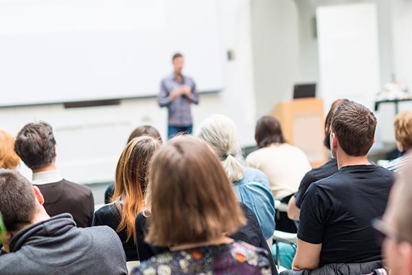 La oferta de empleo público será para 2019 e incluye puestos de profesorado y de personal administrativo
