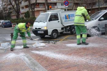 Más de 50 toneladas de sal serán esparcidas, en caso de necesidad, por el municipio