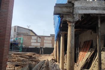 La demolición la antigua tahona de la Universidad ya está en marcha