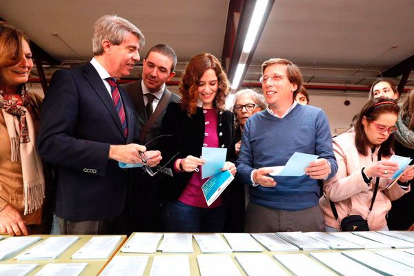 El Ejecutivo regional y la organización Plena Inclusión han organizado un simulacro electoral