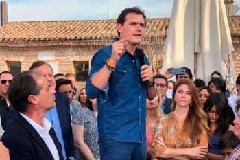 El líder de Ciudadanos apoyó a Miguel Ángel Lezcano en un encuentro multitudinario a cuatro días de las elecciones