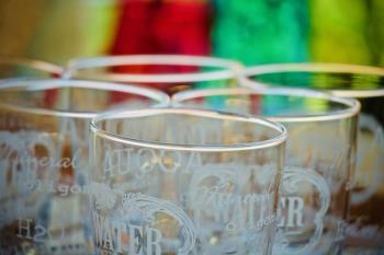 Estos vasos cuestan un euro y tienen como objetivo reducir la generación de residuos