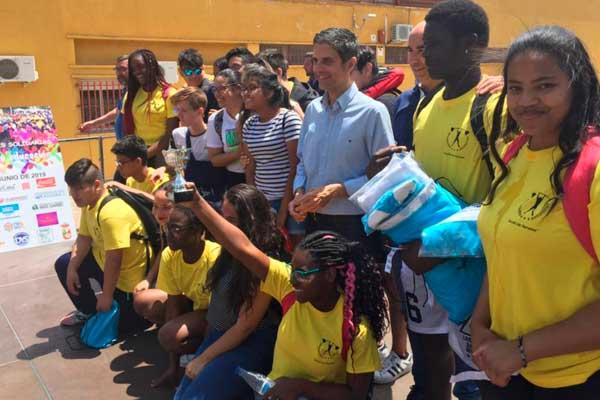 El objetivo es recaudar fondos para construir una escuela de Madagascar