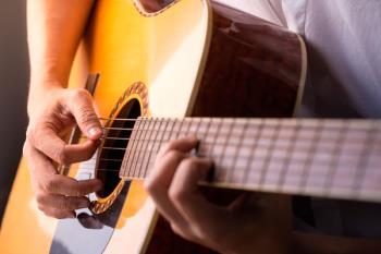 Esta iniciativa pretende acercar la música a los vecinos de la localidad