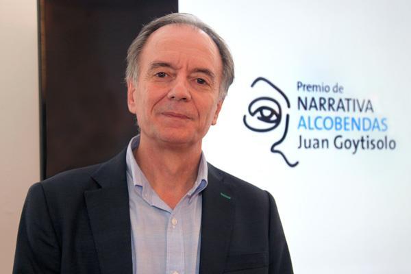 Antonio Soler, ganador del I Premio de Narrativa Alcobendas Juan Goytisolo