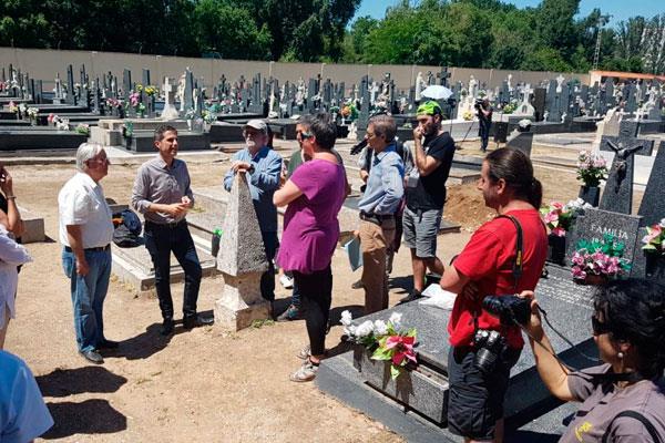 El cementerio pavimentará sus viales