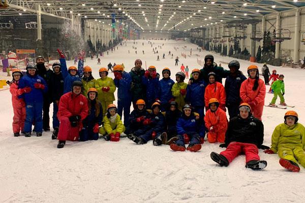 Arroyomolinos ofrece esquiar y hacer snow a sus vecinos