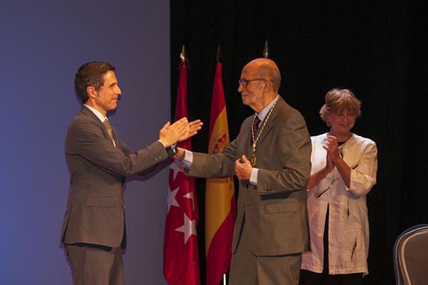 Arsenio Lope Huerta, Medalla de Oro de la ciudad
