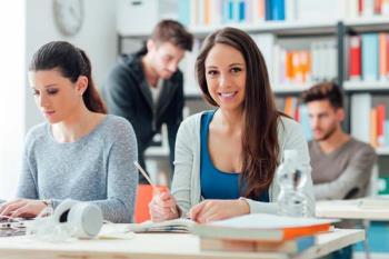 Las ayudas a los estudiantes universitarios se verán incrementadas en un 33%