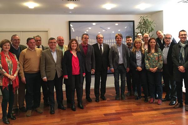 """El regidor critica que Díaz Ayuso no haya recibido a """"ninguno de los ayuntamientos"""" que acudieron a la reunión de alcaldes socialistas"""