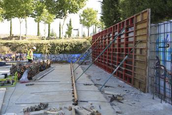 Actualmente se está mejorando el muro de contención y en dos meses se reformará el resto de la instalación