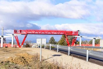 La nueva pasarela ya está instalada y entrará en funcionamiento próximamente