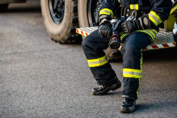 ADEMTA ha realizado un calendario benéfico con los bomberos de Torrejón