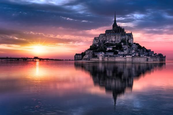 La magia encuentra su refugio en algunos de los pueblos con más encanto de la costa bretona