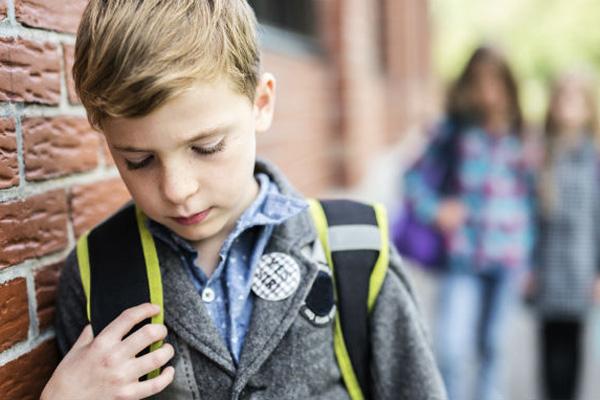 La Consejería de Educación sostiene que el acoso es menor durante la ESO