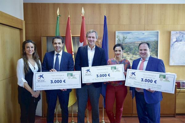 Caixabank financiará con 9.000 euros diferentes proyectos sociales en Boadilla