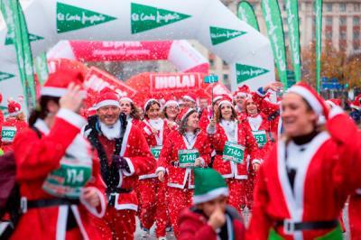 Lee toda la noticia 'Carrera de Papá Noel 2018'
