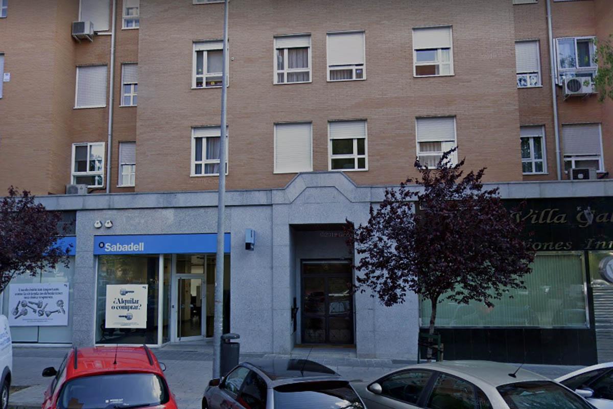 Banco Sabadell, 24 horas de ruido sin poner solución