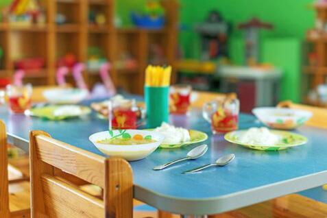 Casi 300 familias reciben ayudas para comedor escolar en Majadahonda ...