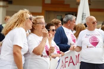 Partió de la sede de la Asociación de enfermos de Alzheimer y culminó en la Plaza de España