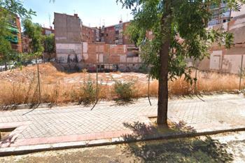 El espacio es el que anteriormente ocupaba el antiguo mercado de Puerta Bonita