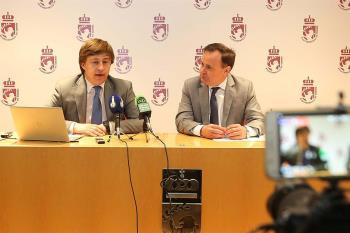 El alcalde, Ángel Viveros, estuvo en la presentación del proyecto el viernes