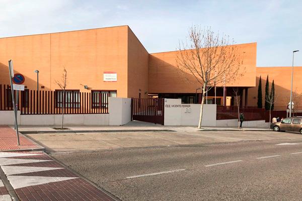 Su portavoz, Martín Perdiguero, hace públicas las quejas por parte del AMPA del centro público