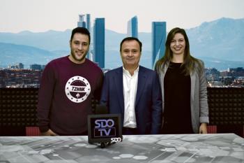 Ángel Viveros junto al equipo de SDO.