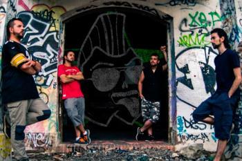 La banda de rock formada por fuenlabreños, estrena su disco 'Protestas e Historias'