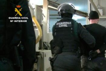 La Guardia Civil ha detenido a las cinco personas integrantes de la banda criminal