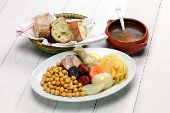 Si hay un plato que ilustre la gastronomía madrileña, es este