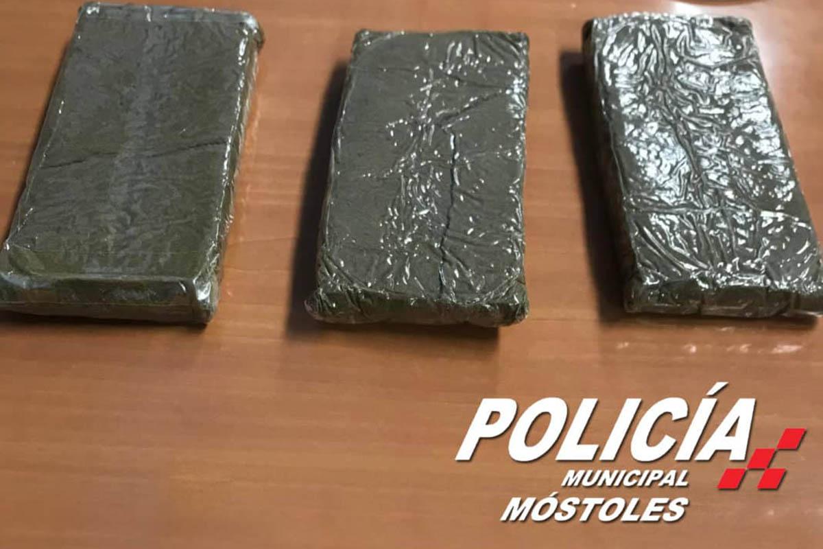La Policía Municipal de Móstoles ha interceptado al individuo, que también ha sido denunciado por incumplir el confimamiento