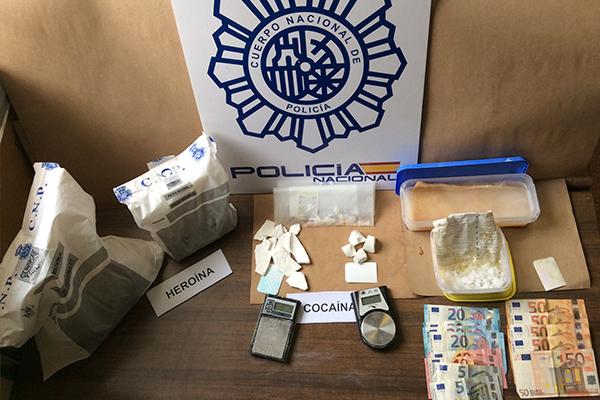 El detenido usaba un trastero de la calle Pinto como punto de almacenaje de las sustancias estupefacientes